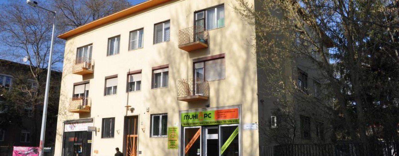 Elégedett ingatlantulajdonosok a KIK-FOR Kft. közös képviseleti részlegéről