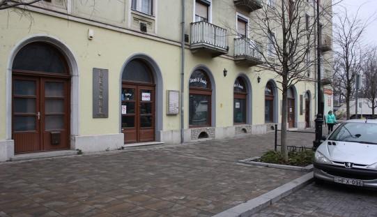 Üzlethelyiség kiadó – Rákóczi út 30-34.
